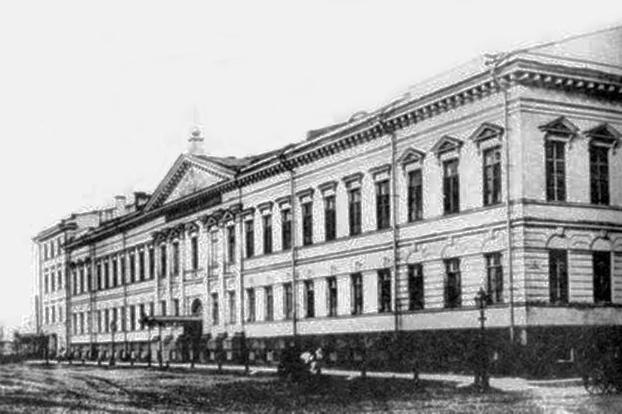 Увольнение в поликлиниках в москве